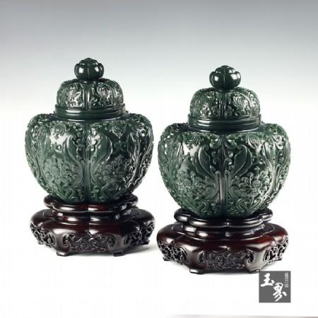 青玉-花卉紋飾瓜棱對罐