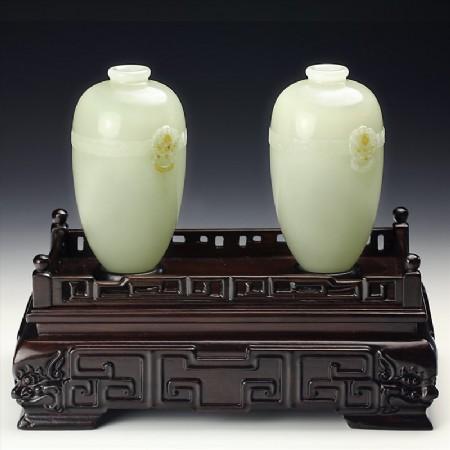 白玉子料-玉带铺首素面瓶