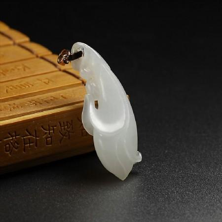 白玉吊坠-玉兰花
