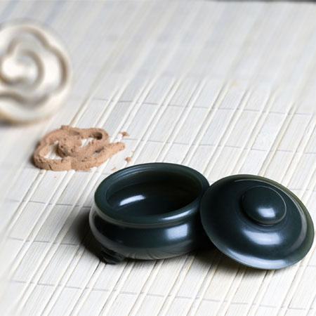 青玉-沉香粉爐