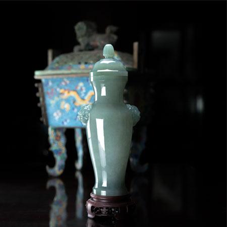 翡翠-双寿耳瓶