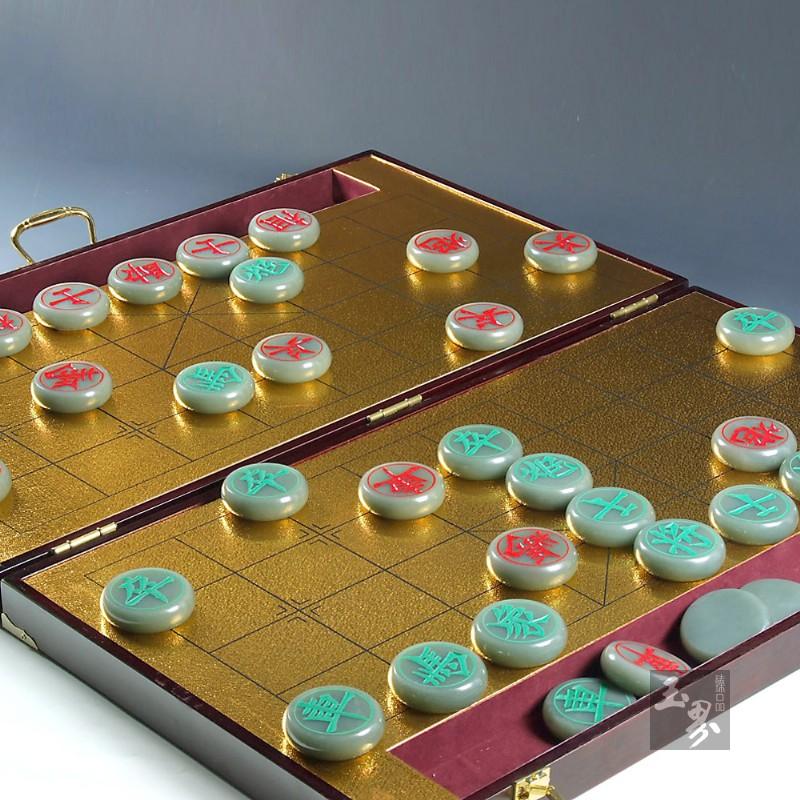 青白玉-中国象棋