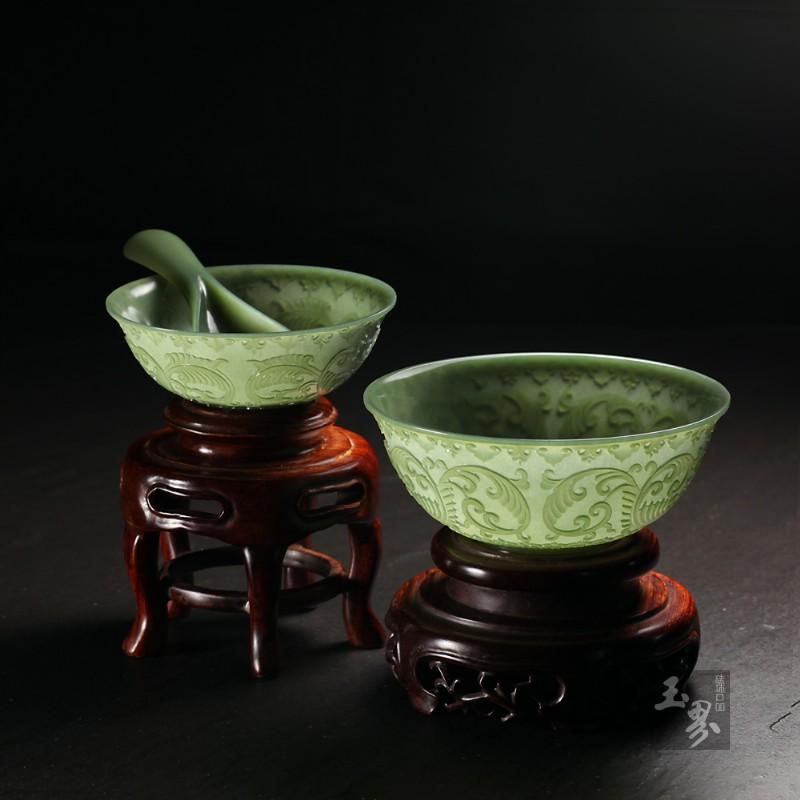 青玉-缠枝纹饰薄胎碗(两只)-2