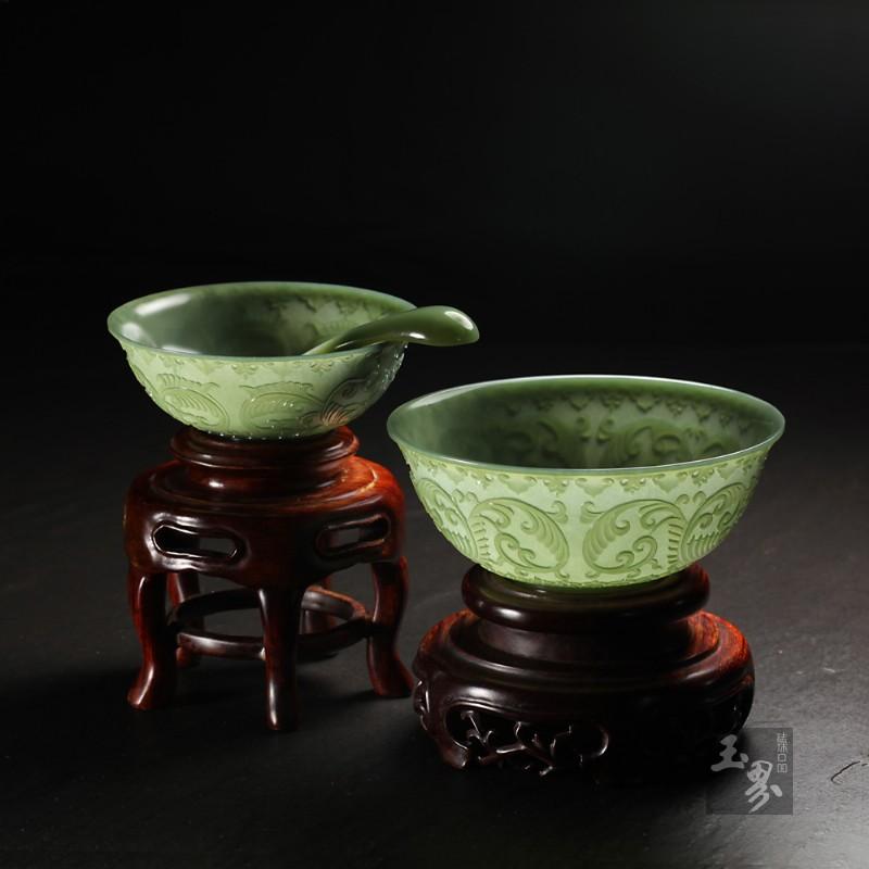 青玉-缠枝纹饰薄胎碗(两只)-3