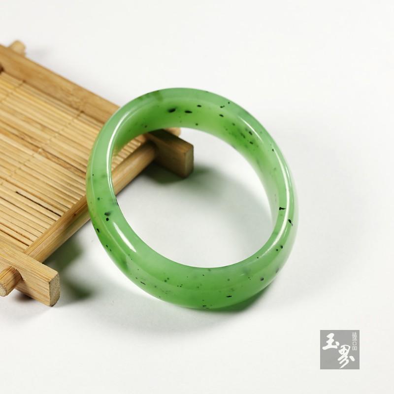 碧玉-贵妃(椭圆)镯