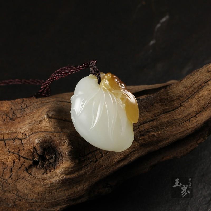 糖白玉挂件—蝉韵