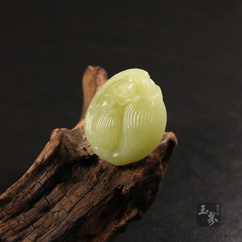 黄玉挂件-节节高-2
