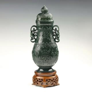 青玉-纏枝花卉薄胎瓶