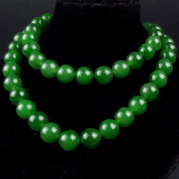 碧玉菠菜绿圆珠项链