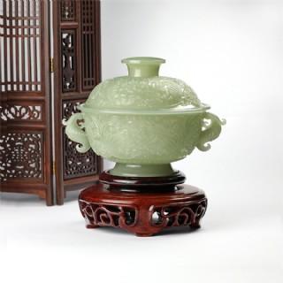 青白玉-薄胎雕花盖碗