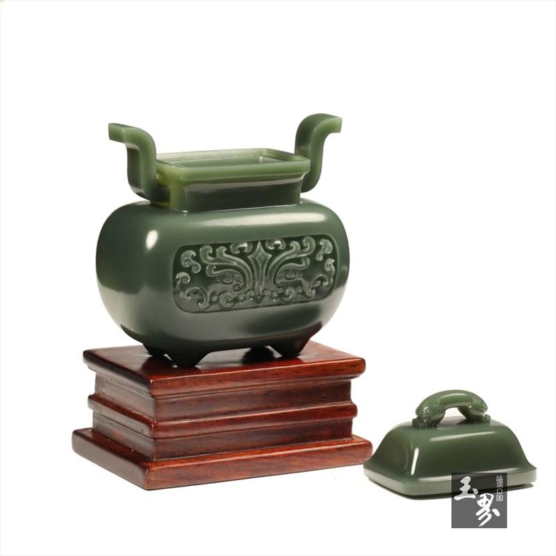 青玉-兽面纹饰香炉
