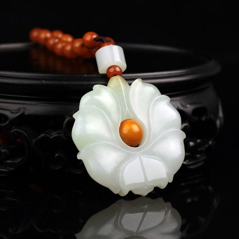 白玉挂件-莲花