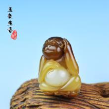 和田玉糖白玉挂件 金猴献宝