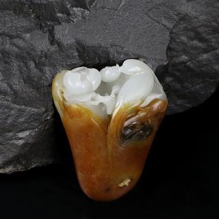 白玉子料挂件-花开富贵