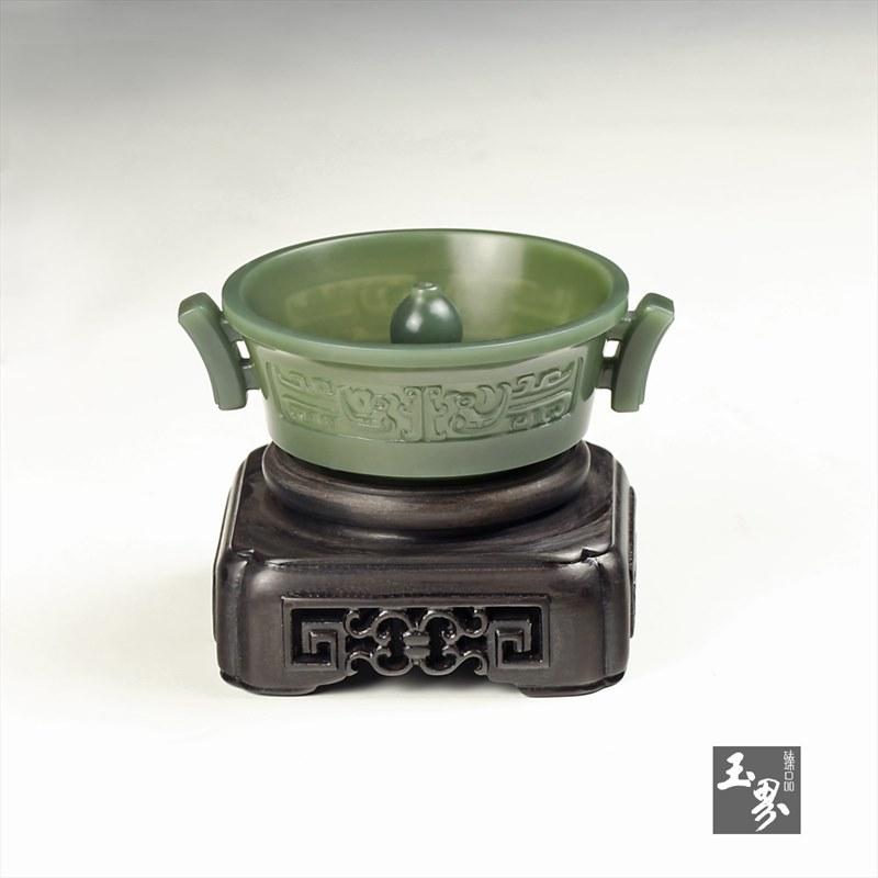 青玉-凤凰纹饰香插