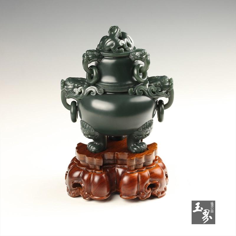 青玉-五环龙首三足炉