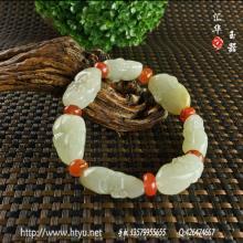 白玉籽料手链 — 十八罗汉