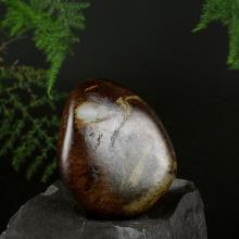 新疆和田红皮白玉子料原石