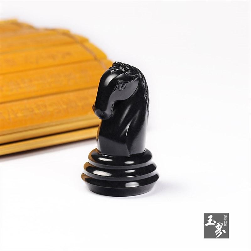 墨玉挂件-象棋马