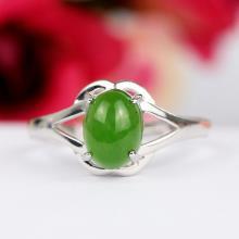 和田玉碧玉银镶玉戒指1.8克