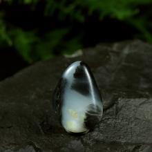 墨玉青花籽料原石