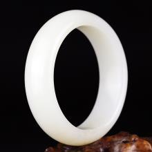 和田玉羊脂玉手镯66.88g  56.8#