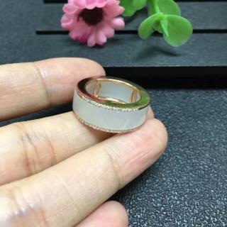 18K金镶羊脂玉戒指