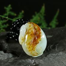 红皮白玉籽料挂件-一夜成名