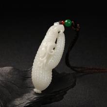 白玉吊饰件-瓜蒂连绵
