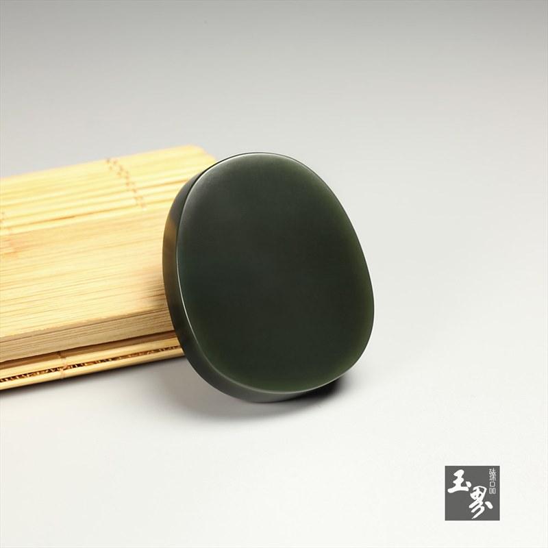 新疆青玉-佛祖牌