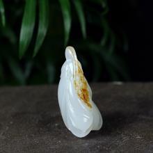 羊脂白玉子料掛件-玉蘭花(不議價)
