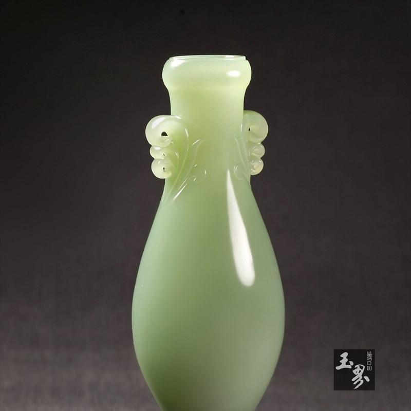 碧玉-素面吉祥瓶