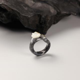 墨玉子料-响尾蛇戒指