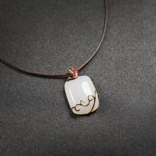 (18k金)白玉-锦鲤吊坠