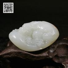 新疆和田玉撒金皮羊脂白玉籽料-貔貅