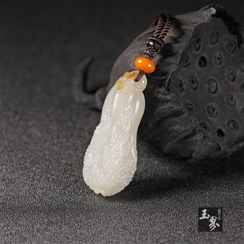 白玉子料挂件-白菜