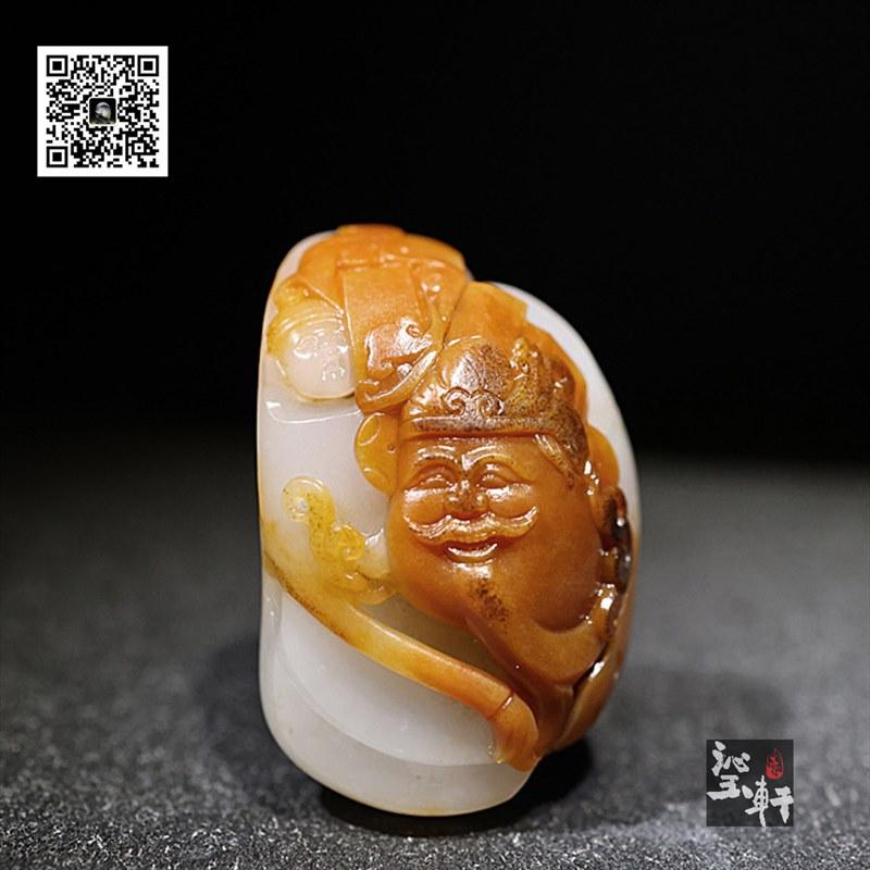 新疆和田黄皮籽料挂件-财神