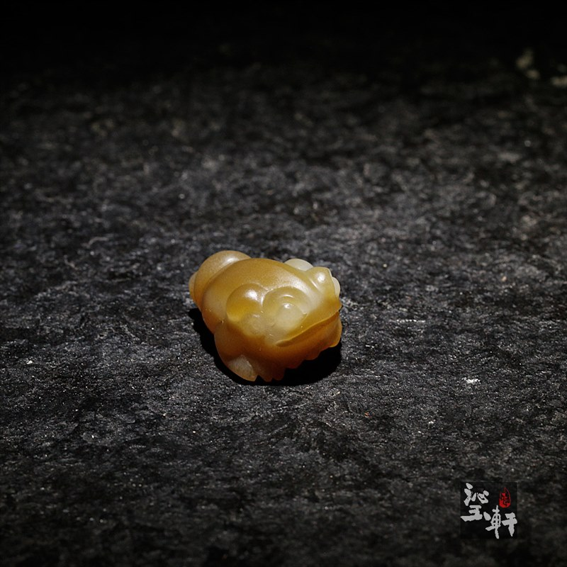 新疆且末料糖白玉挂件-小金蟾(特惠)