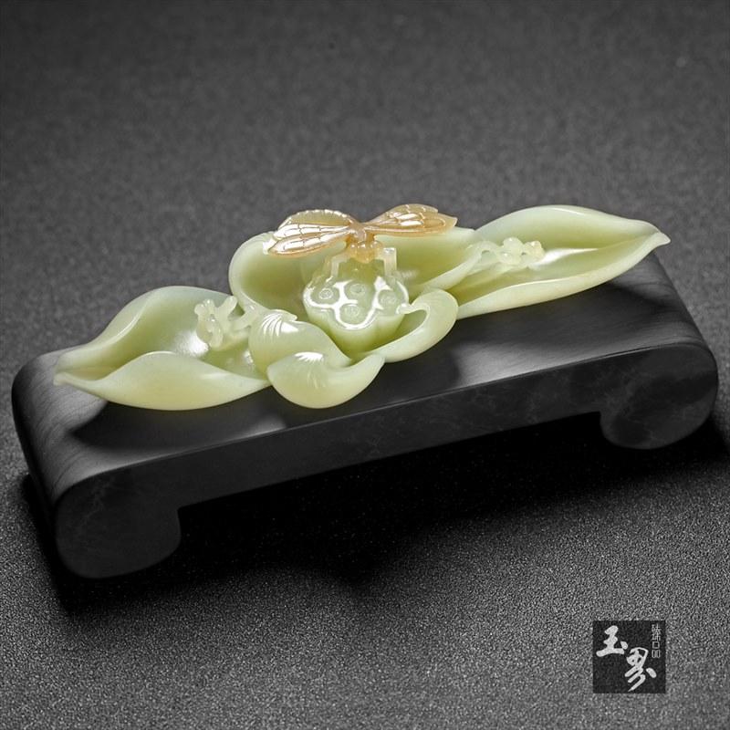 黄玉—荷韵香插