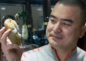 痴迷雕刻 受益玉雕——专访新疆玉雕工艺师马元经