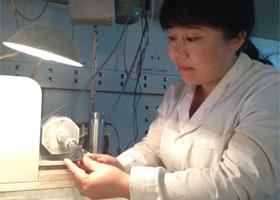 不善言谈的琢玉人 专访新疆玉雕工艺师——顾军
