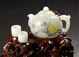 器皿之韵,玉壶之美